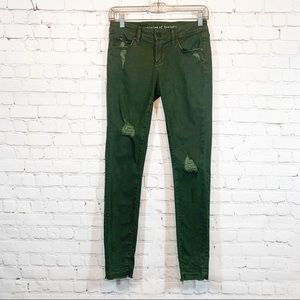 Article's of Society Sarah Release Hem green